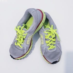 Nike Dual Fusion St2 Gray Green sneakers Size 6Y